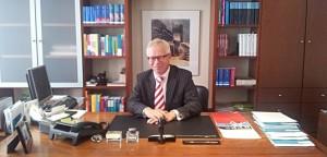 Notaris Gert van Duin